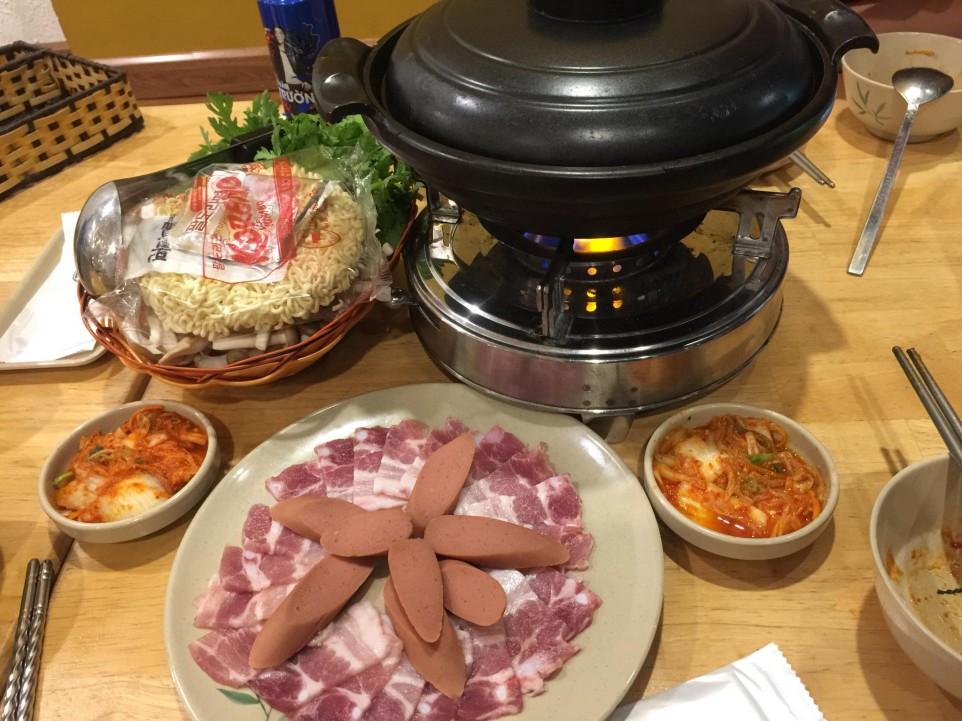 Món thịt và xúc xích hàn quốc ngon