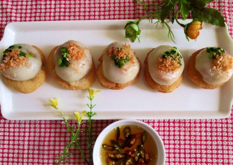 Bánh ram ít nổi tiếng tại Huế