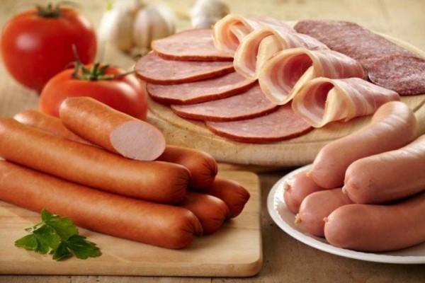 thịt nguội và rau