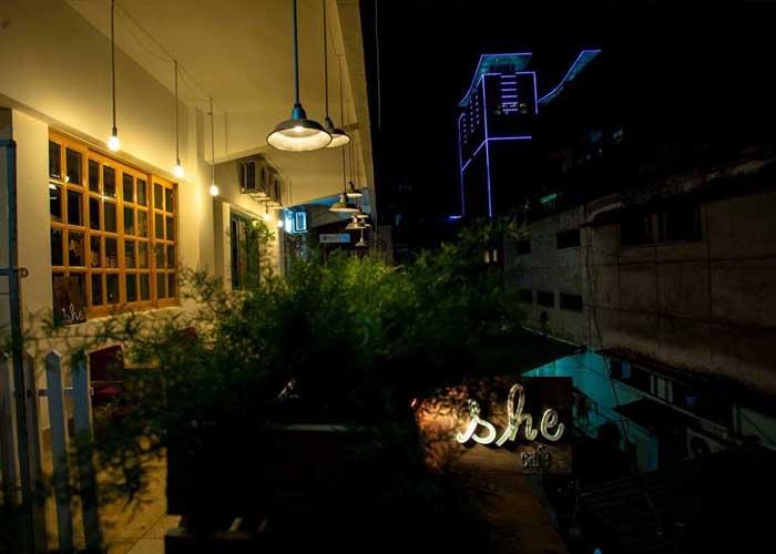 Cảnh đêm ở đây cũng thật yên ắng và lãng mạn
