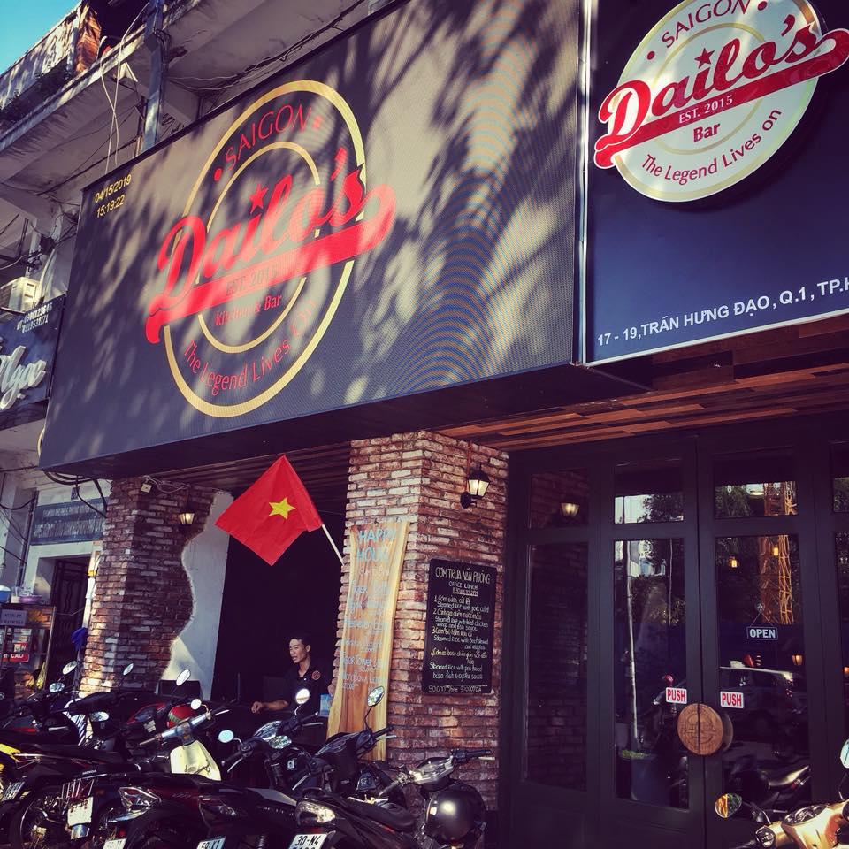 Dailo's Kitchen Bar
