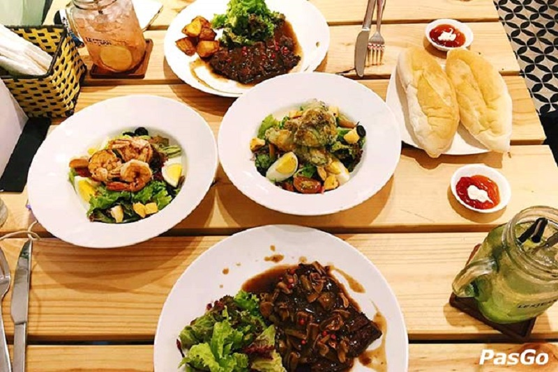 Quán ăn phong cách Phương Tây LE-STEAK