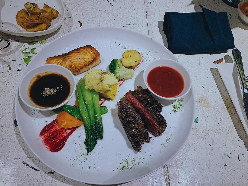Quán ăn Ơ Bistro
