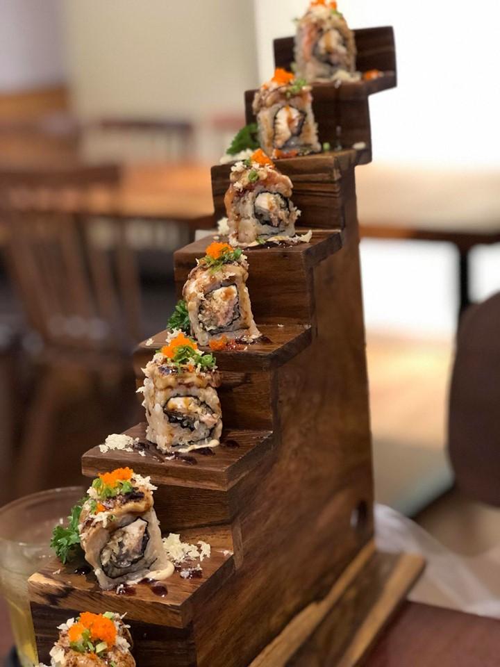 Ẩm thực Nhật Bản Naked Sushi