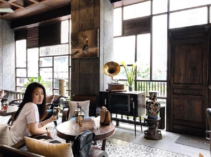 Cà phê cô Ba - Quán cà phê đẹp cổ kính tại 2 Đồng Khởi, Bến Nghé, Quận 1