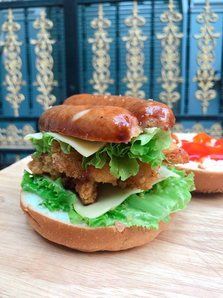 Sandwich & Humburger Chía Núi