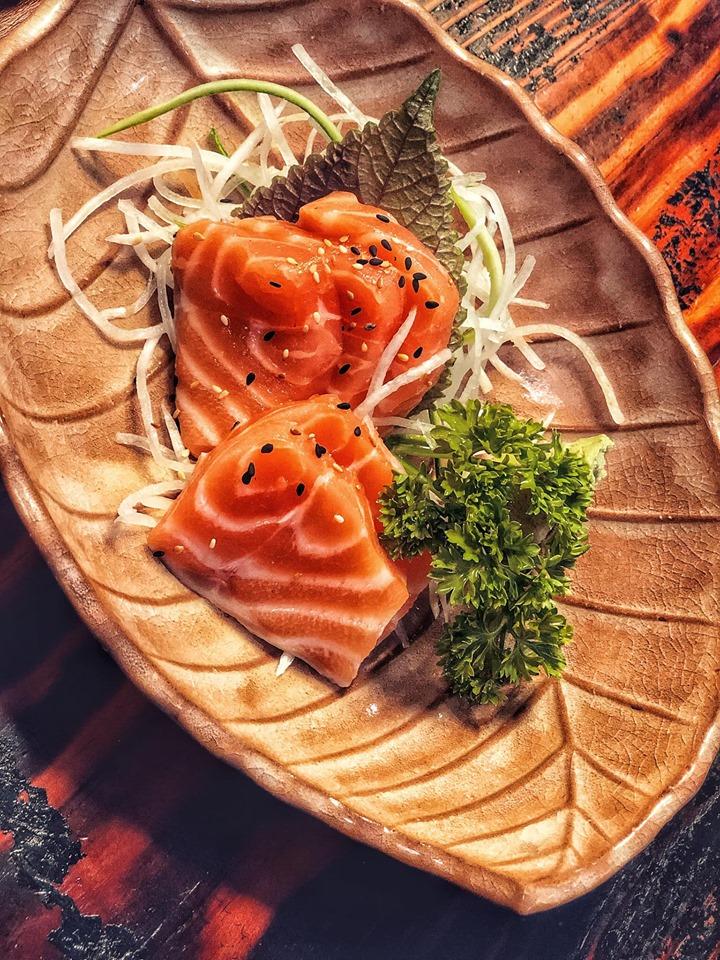 Quán ăn Nhật Bản Sashimi