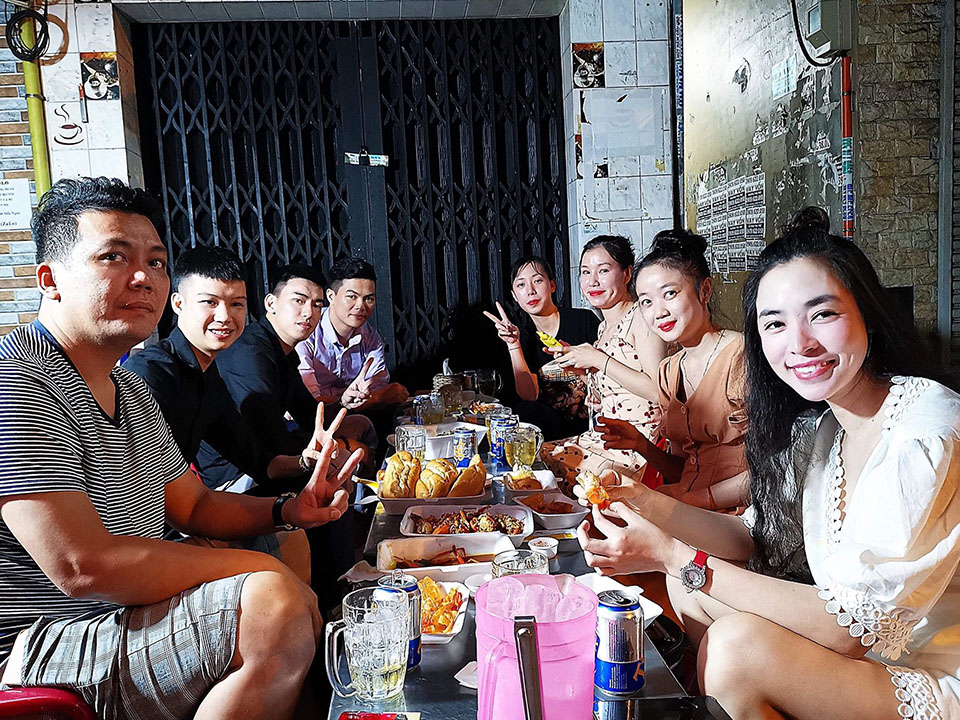 Quán ăn hải sản ngon tụ tập bạn bè, người thân quận 11
